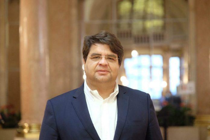 Deputado João Castro